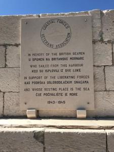 Komiža spomenik